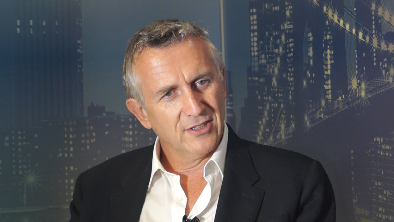 HSBC CMO on why good customer service begins with the fundamentals - YouTube