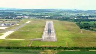 COCKPIT VIEW OF APPROACH AND LANDING AT EDINBURGH AIRPORT