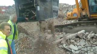 Video still for ECO Crusher Aggrgegate JobSite