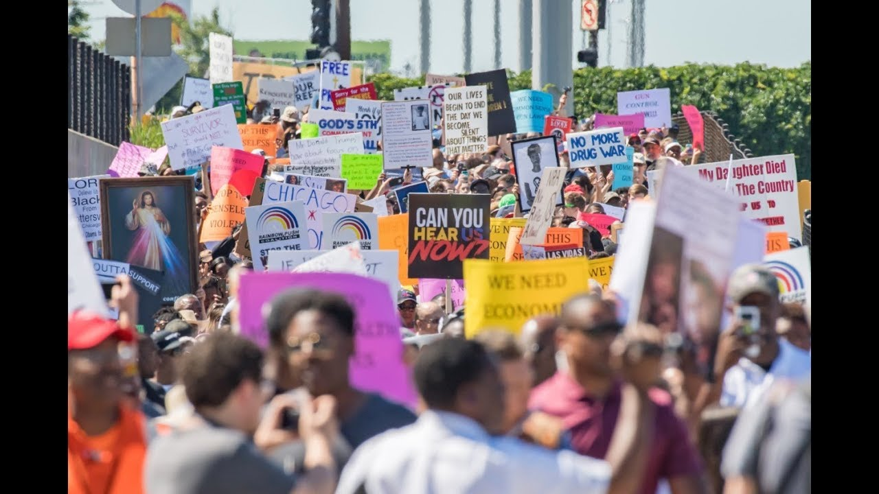Chicago anti-violence protesters want entire city to 'feel our pain'
