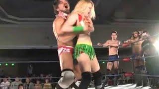 摔角手有新招 抓奶昇龍霸 摔飛無數女對手