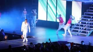 Gambar cover Justin Bieber - All Around The World - San Juan, Puerto Rico 19.10.13