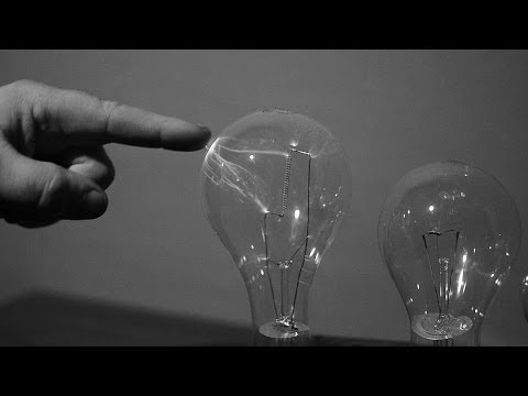Turn an Ordinary Light Bulb into a Plasma Globe