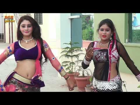Ajeet Katara Rasiya।।दो लड़कियों ने किया शादी के गाने पर जम के डांस।।लगन मेरी Dj से झलवाजो।।