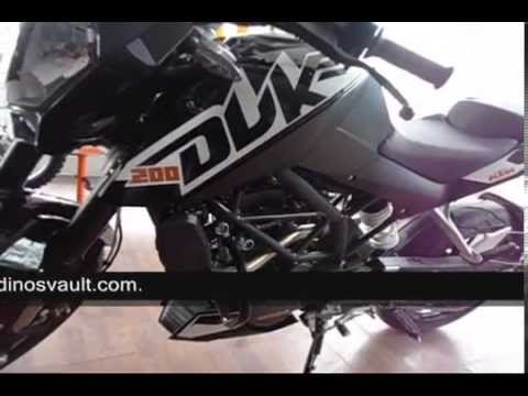 Bikesdinos ktm duke 200 walkaround video black and white paint schemes youtube