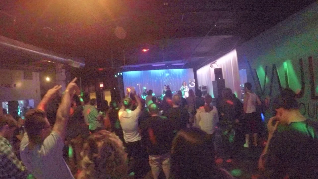 The Sketch At The Vault Bar And Lounge Hickory Nc Youtube