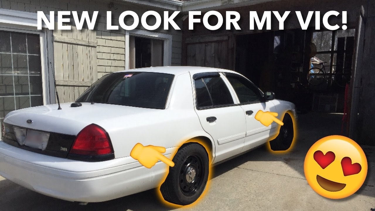 Ford Crown Victoria Police Interceptor >> My Crown Vic Police Interceptor gets a new look! - YouTube