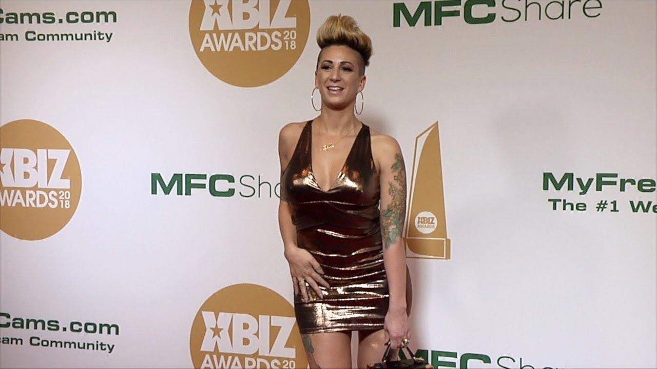 Actriz Porno Dani Dolce della dane 2018 xbiz awards red carpet