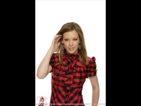 Hilary Duff I Heard Santa on the Radio with lyrics