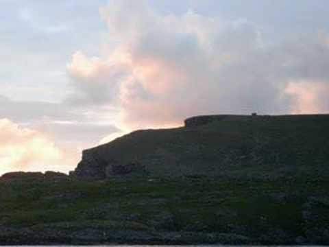 """Old Donegal - """"Sean dun na Ngall""""  sung by Collette McDevit"""