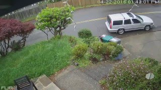 Mail theft caught on camera in Piedmont Pines, Montclair, Oakland
