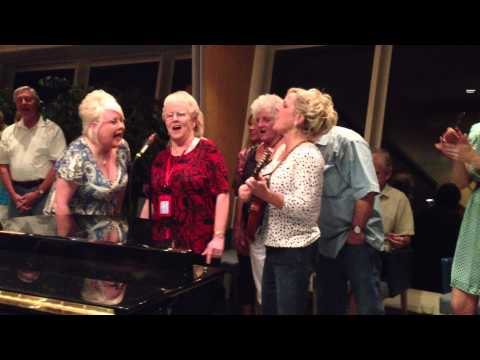 Jamming on the Country's Family Reunion & Larry's Country Diner Cruise
