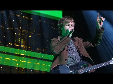 Beck - Go It Alone – Live in Oakland