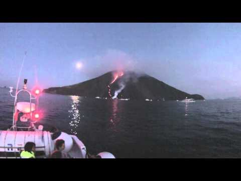 Stromboli, Vulcano and Etna: a trip to the active volcanoes in Italy