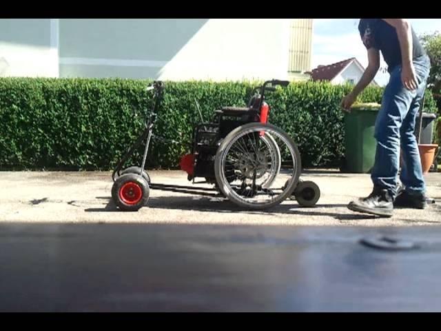 Rollstuhl 110cc 1/2