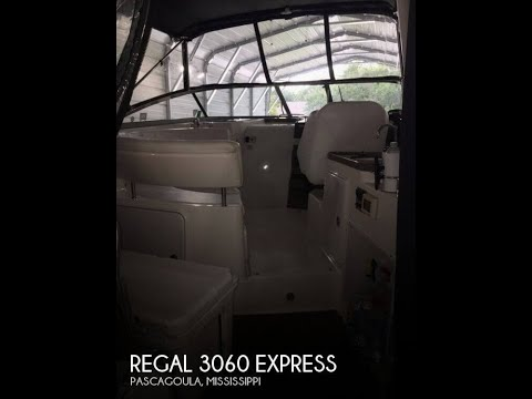 Used 2005 Regal 3060 Express for sale in Pascagoula, Mississippi
