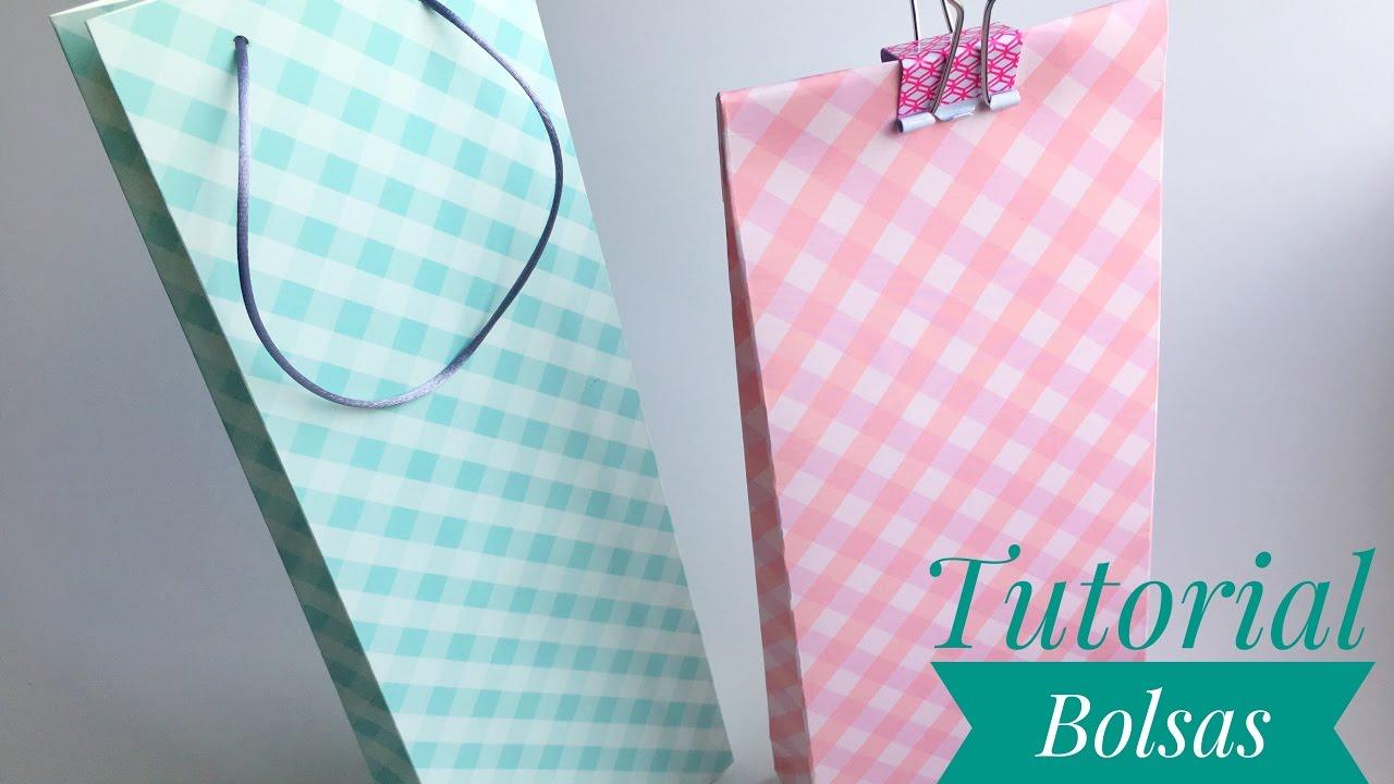 Como hacer bolsas de regalo con papel de scrapbooking - Hacer bolsas de papel para regalo ...