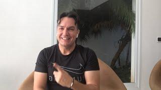 Riqueza, só você pode construir a sua.  Www.livroeducacaofinanceira.com.br