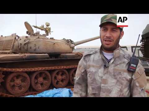 Rival forces clash in Benghazi