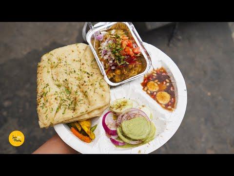 Delhi's Best Chole Kulche Rs. 60/- l Data Ram Chole Kulche l Shalimar Bagh Street Food