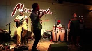 Conversas acusticas com Don Kikas & Amigos (Miami Beach)