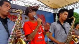 Download lagu MONKEY BOOTS DENY FRUST feat SIMMER DOWN SHAOLIN MUSIC MP3