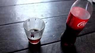 Uji Coba Pencampuran Coca-Cola Dengan Permen Hexos