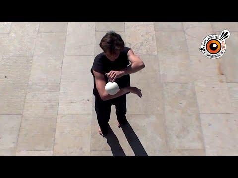 Contact Juggling - Cyrille Humen - Visual Juggling 1.0