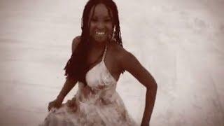 Elisete- Sob a luz do luar (Under the moonlight)  - Video Clip