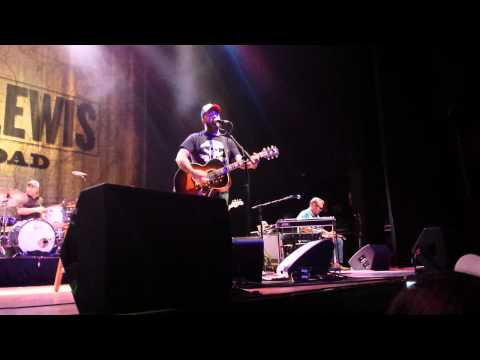 County boy can survive -aaron lewis live