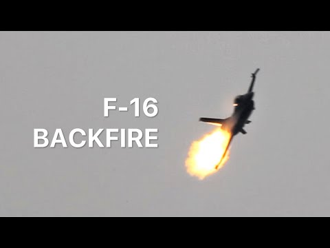 F-16 Engine FAILURE?! - NO. Compressor stall, during Display at #AIRPOWER16