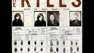 The Kills- Kissy Kissy