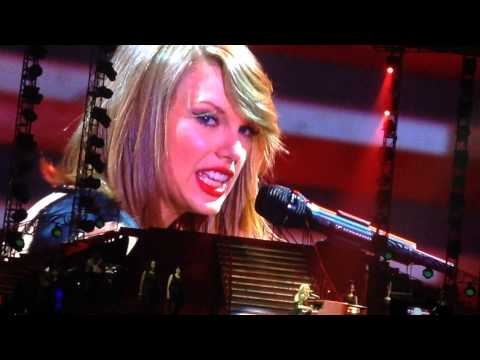 Taylor Swift tearing up - All Too Well |...