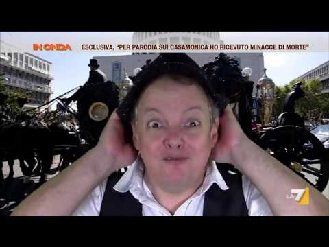 Dado 'canta la notizia' del funerale Casamonica