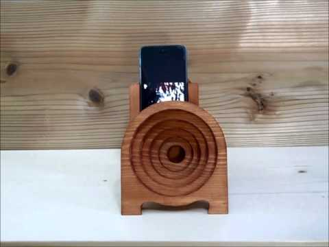 wooden iphone speaker wooden iphone acoustic speaker stand 1 ラッパ付きiphoneスタンド1 8947