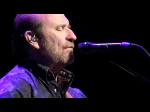 On Assignmne wth Anelia: Colin Hay's beautiful world