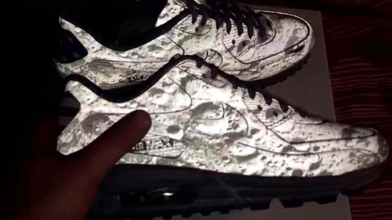 man on the moon air max 90