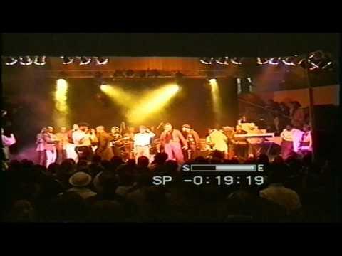 Serge Mabiala et Ferre Gola interprete la chanson Chantal Switzerland