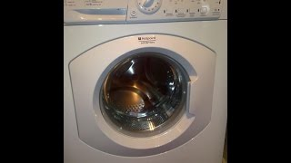 видео Почему стиральная машинка постоянно отжимает