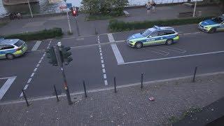 Kind begeht Diebstahl - löst größeren Polizeieinsatz aus an Bonner Oper am 06.08.17