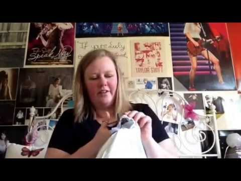 Taylor Swift Online Store 1989 Merch Unboxing!