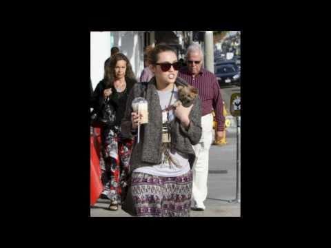 Miley Cyrus Josh Bowman Coffee DATE