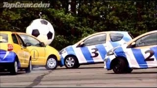 Car football - Volkswagen Fox vs. Aygo - Top Gear - BBC