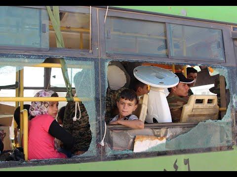 تجمّع حافلات في انتظار إجلاء فصائل مقاتلة من القنيطرة  - نشر قبل 3 ساعة