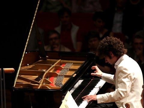 Federico Colli plays Beethoven: Piano Concerto no. 2 (live in Vienna)