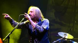 17  I Should Have Known It TOM PETTY LIVE Chicago United Center 8-23-2014 BY CLUBDOC