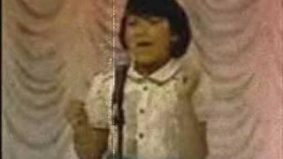 Juguemos A Cantar - Como Gaviota (Pista) Sandra Lopez (1982)