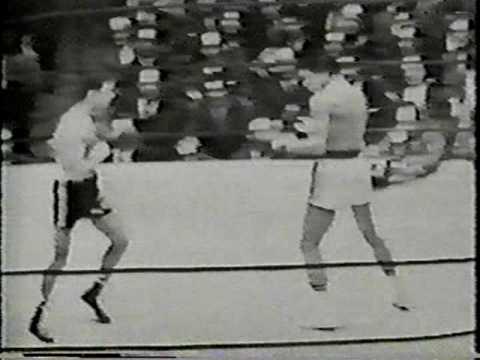 """Florentino Fernandez W 10 Gaspar """"Indian"""" Ortega II, round 2"""