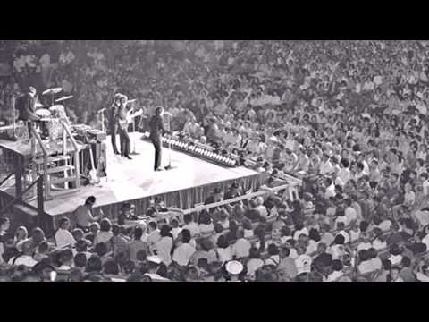 Paul McCartney with Larry Kane - 4 Sept 1964  [Audio Only]