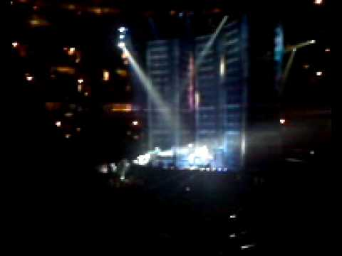 Silversun Pickups- Substitution (Live at the United Center)